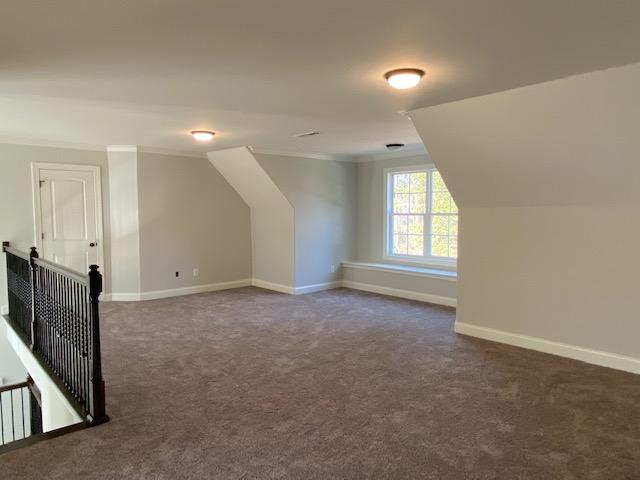 017_Oversized-upstairs-bonus-loft