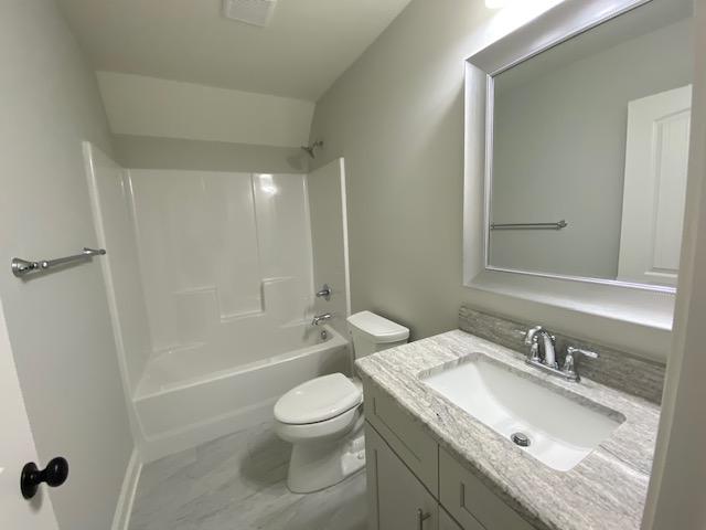022_Ensuite-bathroom